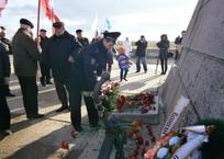 В Крыму почтили память героев Евпаторийского десанта, фото — «Рекламы Крыма»