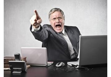 Как быть, когда увольняют с работы вопреки законодательству?, фото — Реклама Алупки