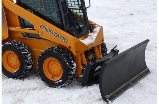 Отвал снежный на мини погрузчик, фото — «Реклама Севастополя»