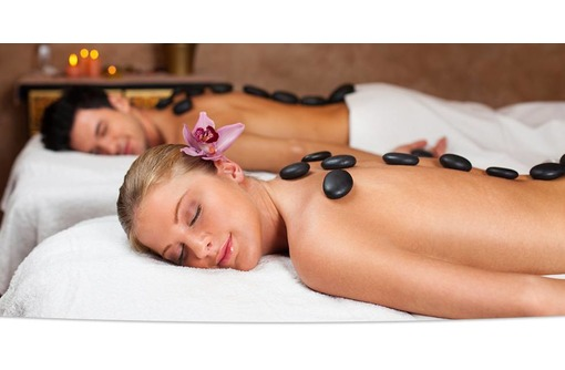 Стоун массаж (горячими камнями), фото — «Реклама Севастополя»