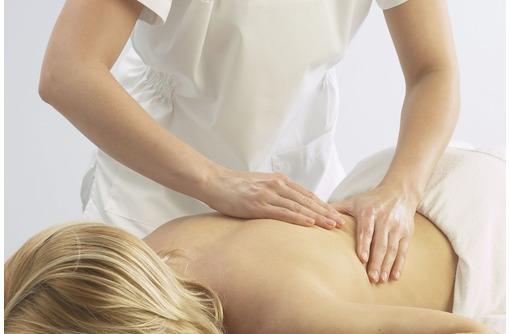 Массаж при болях в грудном отделе позвоночника, фото — «Реклама Севастополя»