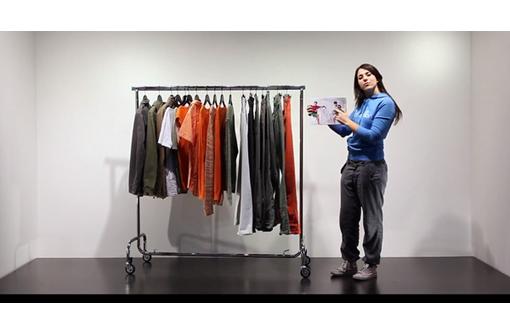 Стойки для одежды производства Италия в магазин, бутик, шоурум, гардероб, вытавки., фото — «Реклама Севастополя»
