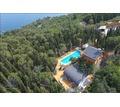 Продаю усадьбу в Алуште 200 метров от моря 49 соток - Дома в Крыму