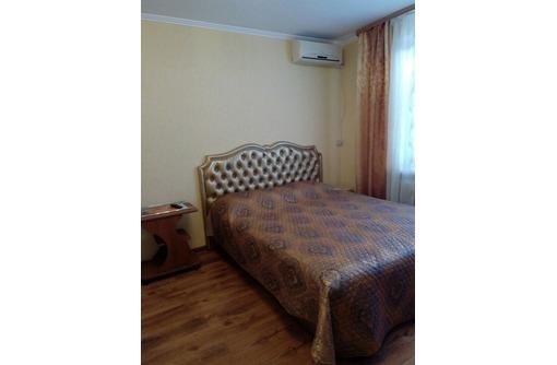 свободна***видовая хорошая 2-комнатная  квартира у моря пр. Октябрьской Революции 22, фото — «Реклама Севастополя»