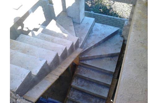 Бетонные работы. Фундамент. Колонны. Лестница, фото — «Реклама Севастополя»