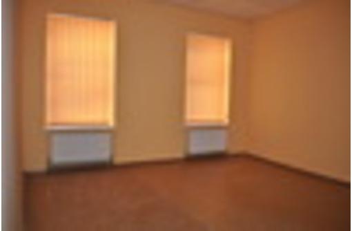 В центре аренда офисов 12  кв.м , 18 кв.м, 22 кв.м  и 26 кв.м, фото — «Реклама Севастополя»