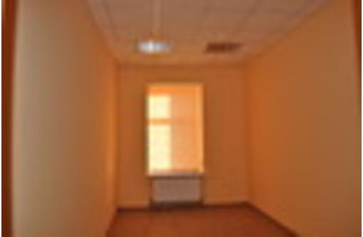 Аренда в центре благоустроенные офисы 12, 18, 18, 22 и 26 кв.м, фото — «Реклама Севастополя»