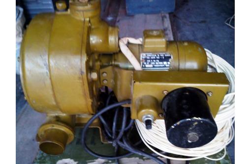 Вытяжка на базе электродвигателя типа АОЛБ 012-2, фото — «Реклама Севастополя»