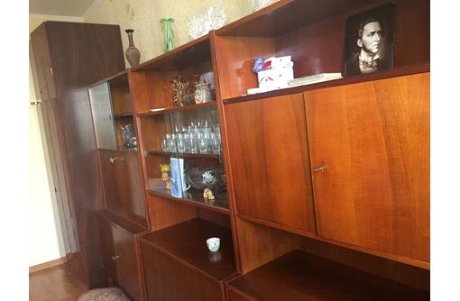 Продам стенку в гостиную БУ, фото — «Реклама Севастополя»