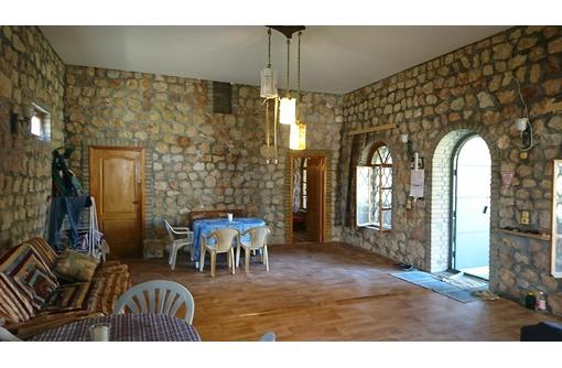Дом , 1-я линия моря, под гостиницу, кафе,бар, фото — «Реклама Севастополя»