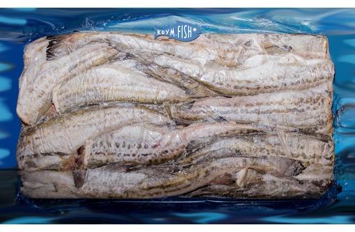 Купить минтай: тушка без головы L ОКРФ (цена 105 р/кг: пак 22 кг), фото — «Реклама Севастополя»