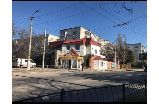 Продается действующий магазин ул. Хрусталёва 89 с ремонтом, фото — «Реклама Севастополя»