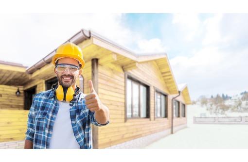Бригада мастеров-плотников возводит каркасные дома, дома из СИП согласно СНиП. Профессионально, фото — «Реклама Севастополя»