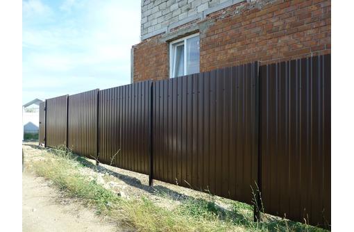 Заборы, ворота, калитки, ограждения., фото — «Реклама Керчи»