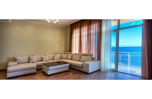 Апартаменты в Ялте, с шикарным видом на море у самой кромки воды, фото — «Реклама Ялты»