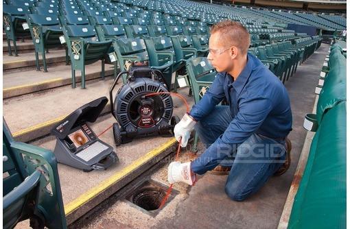 Сантехник.Телеинспекция трубопровода (видеосъемка трубы изнутри), фото — «Реклама Севастополя»