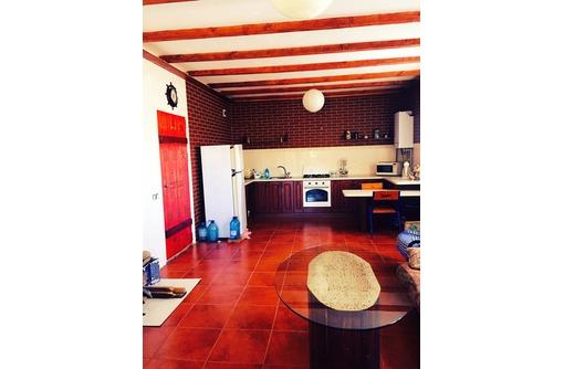 Продаётся новый 2-х этажный дом в Балаклаве,площадь 142 кв.м, участок 10 соток., фото — «Реклама Севастополя»
