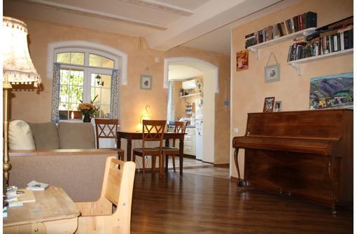 продается 3-комнатная квартира в г. Севастополь по ул. Ефремова возле моря, фото — «Реклама Севастополя»