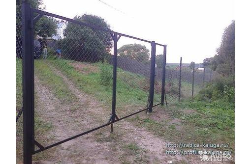 Ворота из сетки рабицы с доставкой, фото — «Реклама Армянска»