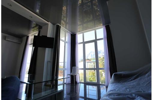 Студия в Гаспре с красивым видом,хорошим ремонтом и мебелью, фото — «Реклама Ялты»