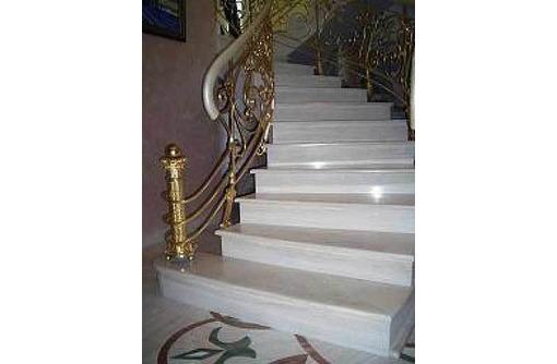 Изготовление и монтаж ступеней из мрамора и гранита., фото — «Реклама Севастополя»