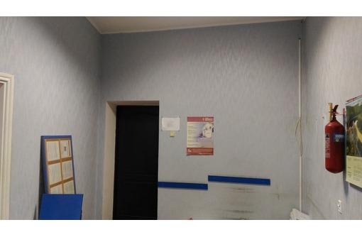 Сдам офис площадью 40 м2 на ул. Гагарина ( ж/д Вокзал, к/т Космос, пл. Москольцо), фото — «Реклама Симферополя»