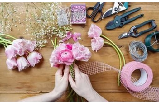 Набор в группу по курсу Флорист-дизайнер, фото — «Реклама Севастополя»