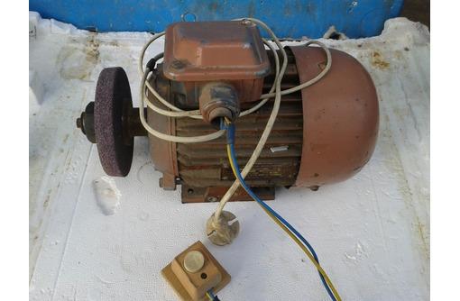 продам асинхронный двигатель на 220 вольт., фото — «Реклама Севастополя»
