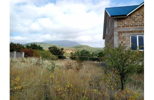 Земельный участок в с. Нижняя Кутузовка, фото — «Реклама Алушты»