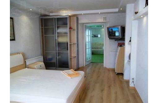 Сдаю 2-комнатную квартиру класса люкс в центре Севастополя на ул. Ломоносова, фото — «Реклама Севастополя»