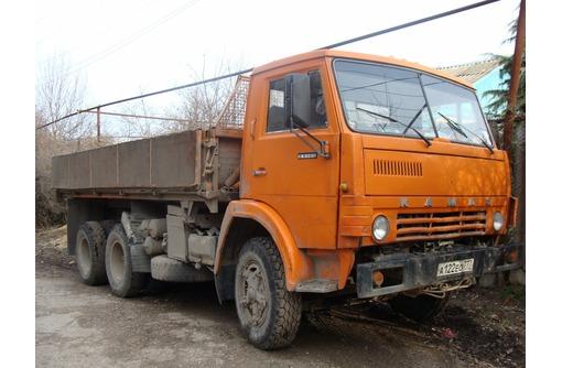 Вывоз строительного мусора,веток, доставка материалов КАМАЗом-колхозником (бокосвал), фото — «Реклама Севастополя»