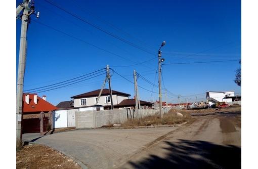 Вы хотите жить в коттеджном поселке рядом с сосновым лесом? Развитое место!, фото — «Реклама Севастополя»