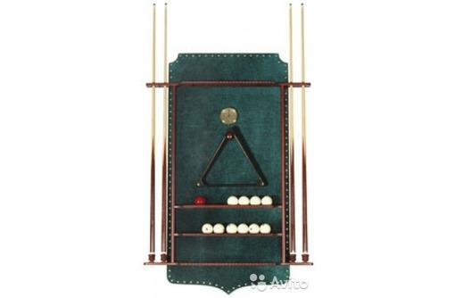 Полки под бильярдные кии и шары, фото — «Реклама Севастополя»