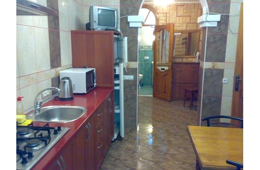 Ялта ул. Севастопольская 2-комнатная квартира до Набережной 150 метров, фото — «Реклама Ялты»