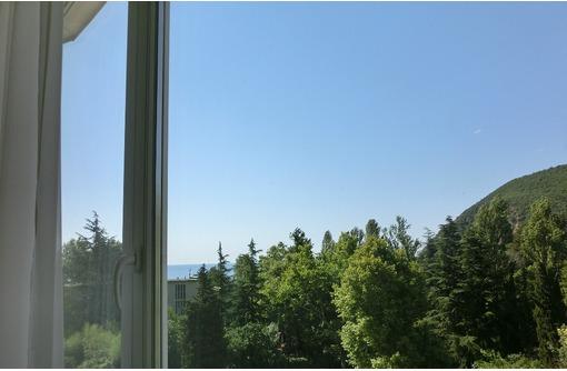 Меняю квартиру на ЮБК на дом в Симферополе (пригороде), фото — «Реклама Партенита»