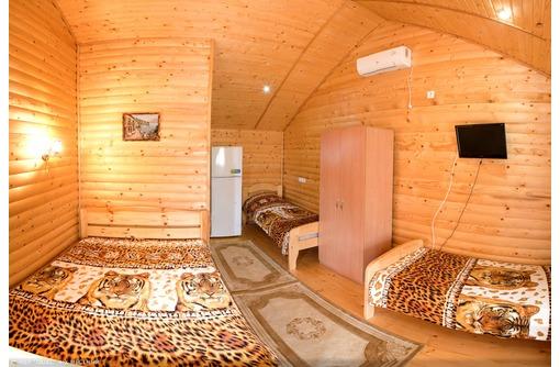 Отдых в Судаке, мини-отель из дерева, 7 мин. к морю, фото — «Реклама Судака»