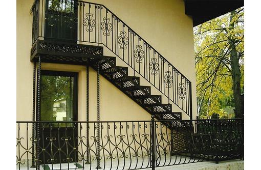 Лестницы из металла любой конфигурации, фото — «Реклама Севастополя»