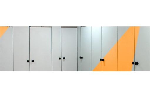HPL панели для сантехнических перегородок, фото — «Реклама Севастополя»