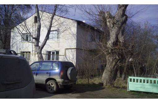продам 2-комнатную квартиру в пгт. Советском, Республика Крым, фото — «Реклама Белогорска»