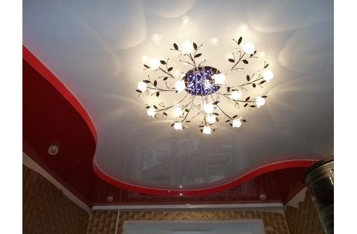 Многоуровневые натяжные потолки, фото — «Реклама Партенита»