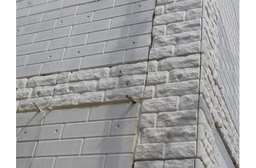 Фасадные панели Азстром, Красивый фасад + утепление стен, фото — «Реклама Феодосии»