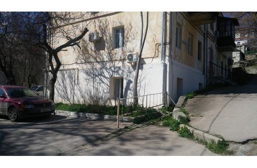 Продается офис 41 м.кв. в центре города на ул. Партизанской (р-н Центрального рынка), фото — «Реклама Севастополя»