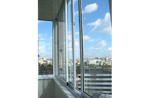 Балконы и лоджии под ключ. Остекление, обшивка и отделка, фото — «Реклама Севастополя»