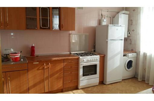 Сдается 2-комнатная, улица Астана Кесаева, 28000, фото — «Реклама Севастополя»
