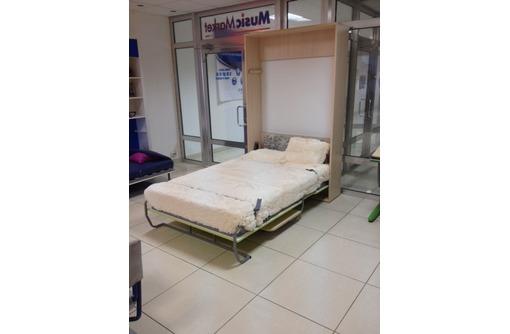 Шкаф -кровать со столом, фото — «Реклама Севастополя»