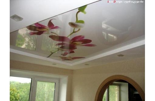 Художественные натяжные потолки УФ печать, фото — «Реклама города Саки»