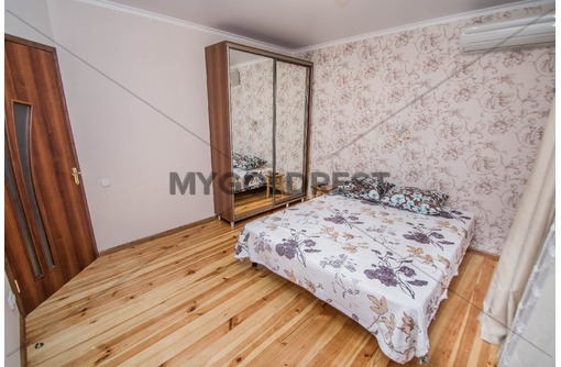 Двухэтажный дом с небольшим двором до 6 человек Гурзуф,  -№1353, фото — «Реклама Гурзуфа»