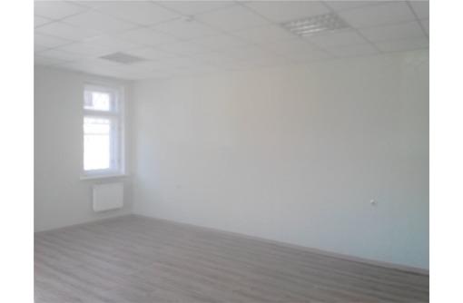 Сдается офисное помещение (коридорно-кабинетная) система по адресу ул Пожарова, площадью 38, фото — «Реклама Севастополя»