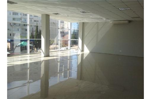 Сдается в аренду торгово-офисное помещение на Улице Колобова, площадью 200 кв.м., фото — «Реклама Севастополя»