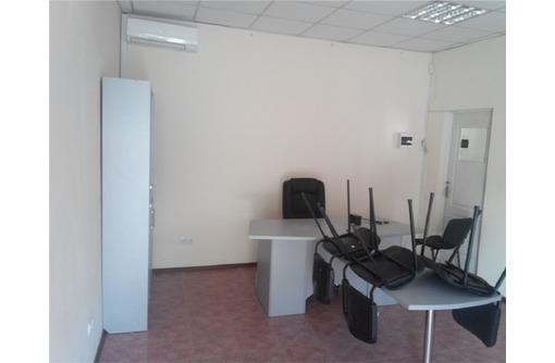 Меблированный Евро Офис в Гагаринском Районе на Первой линии, площадью 21 кв.м., фото — «Реклама Севастополя»
